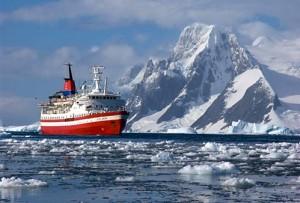 antartica cruise l 300x203 Photos